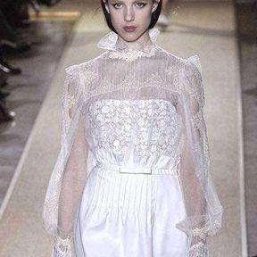 Valentino : Petite fille modèle