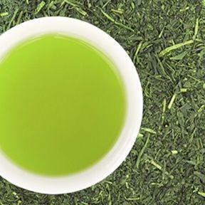 Boire du thé vert entre les repas