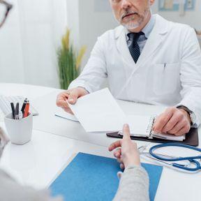 Une ordonnance d'antibiotiques en cas de cystites à répétition