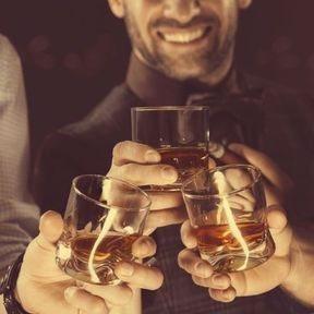 Boire trop d'alcool ou consommer du cannabis